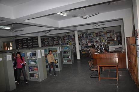Apeejay Institute of Management Jalandhar Library