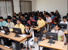 Tirpude College of Social Work Nagour Computer Lab