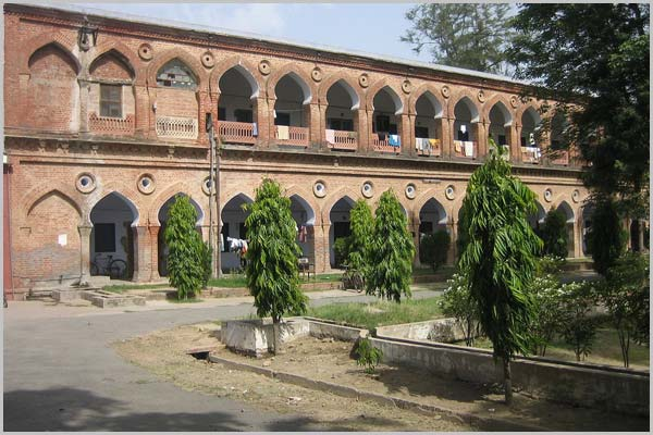 Zakir Hussain College of Engineering and Technology Building