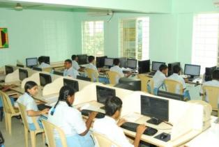 New Baldwin International School Computer Lab